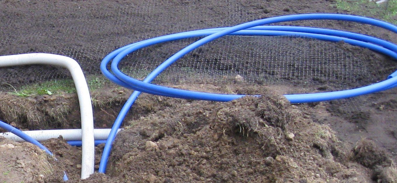 Rury do nawadniania trawnika